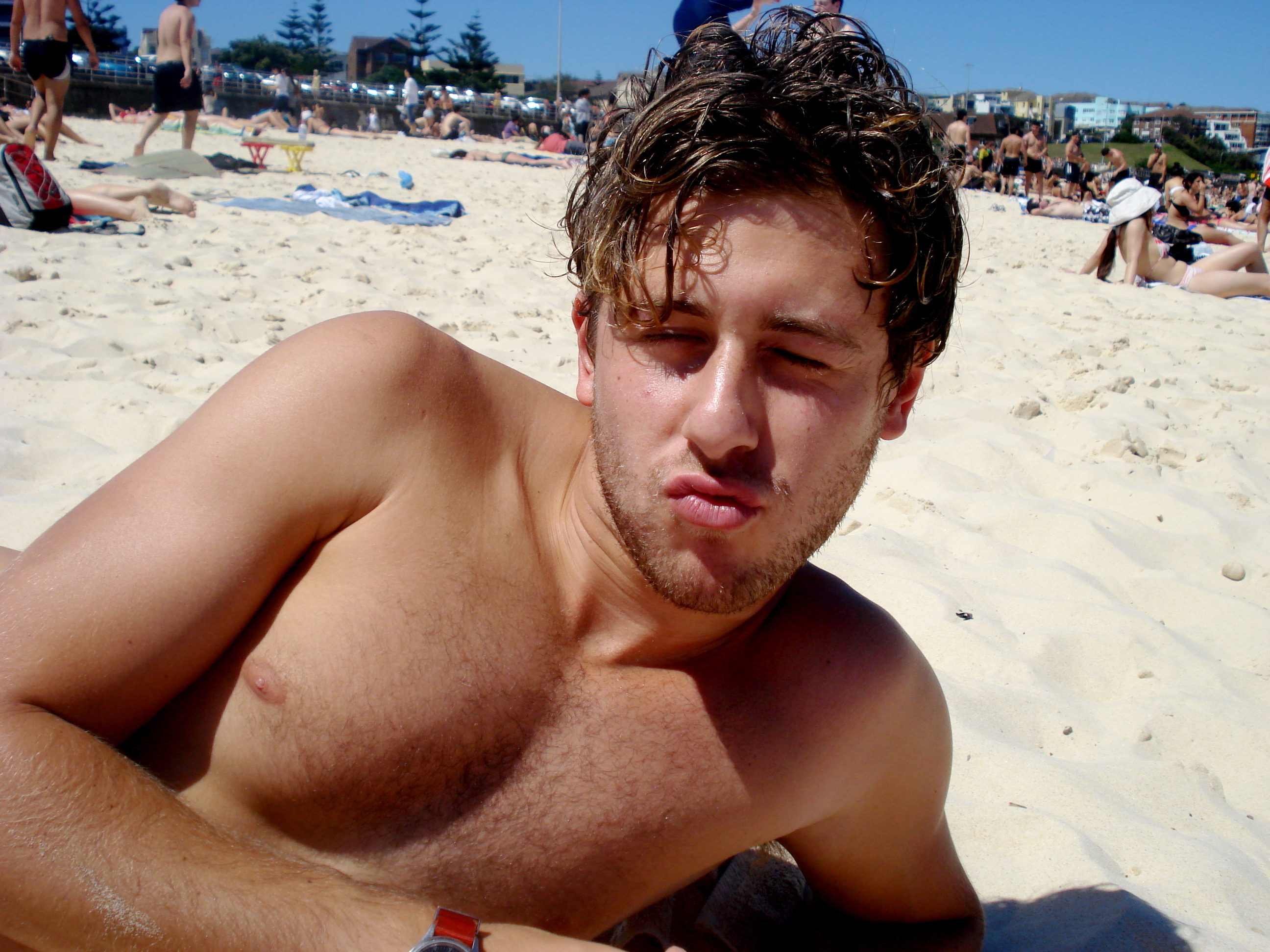 Hanging out at Bondi Beach with Jordan Sernik