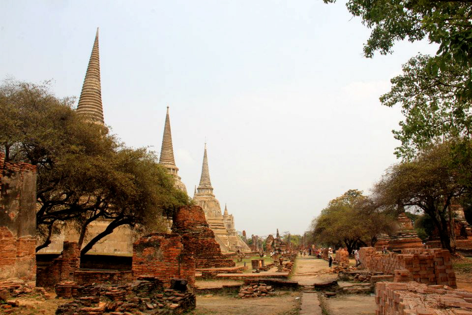 Wat Phra Si Sanphet, the temple with three stupas in Ayutthaya
