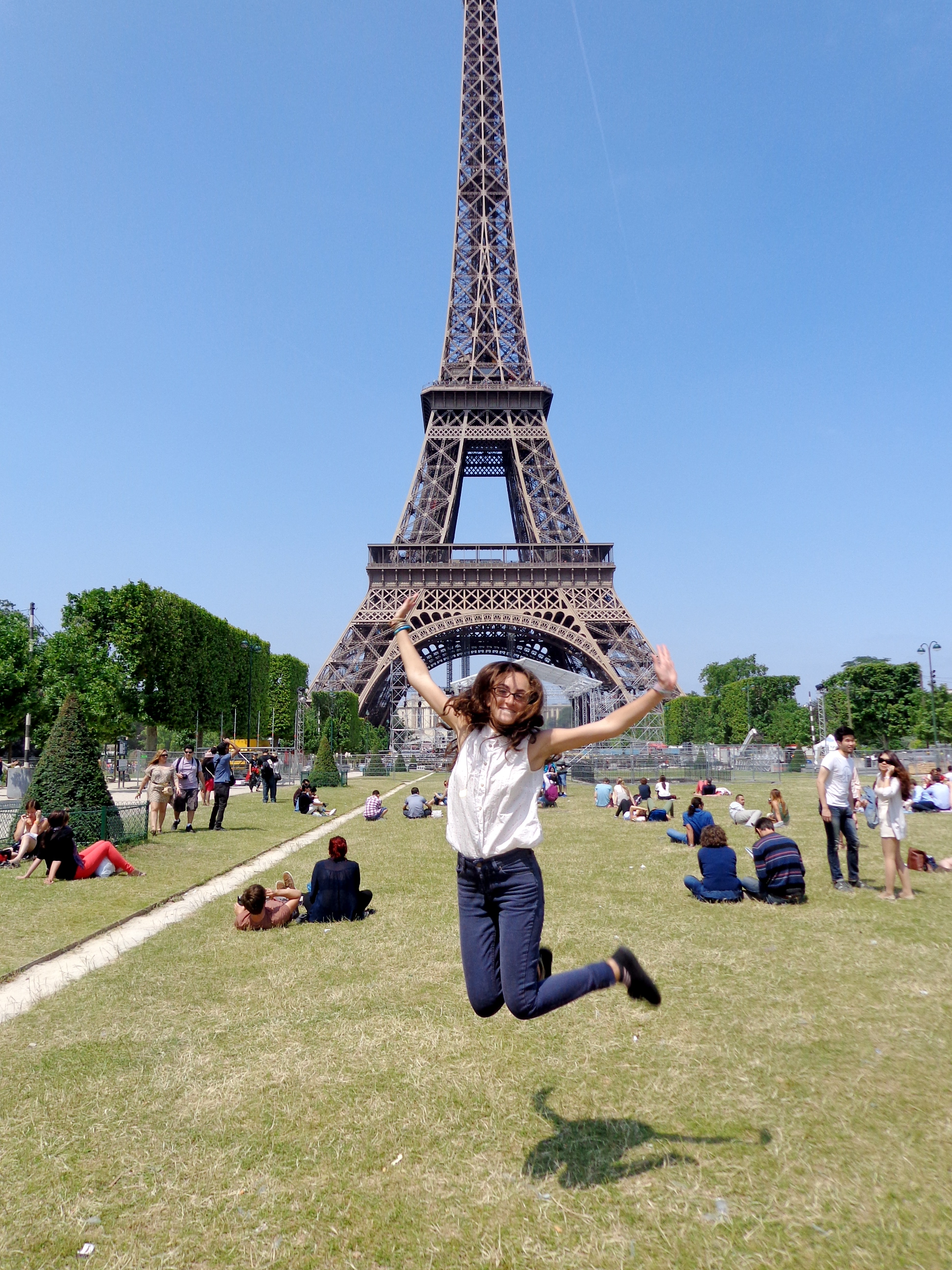 Jumping photo at the Eiffel Tower in Paris