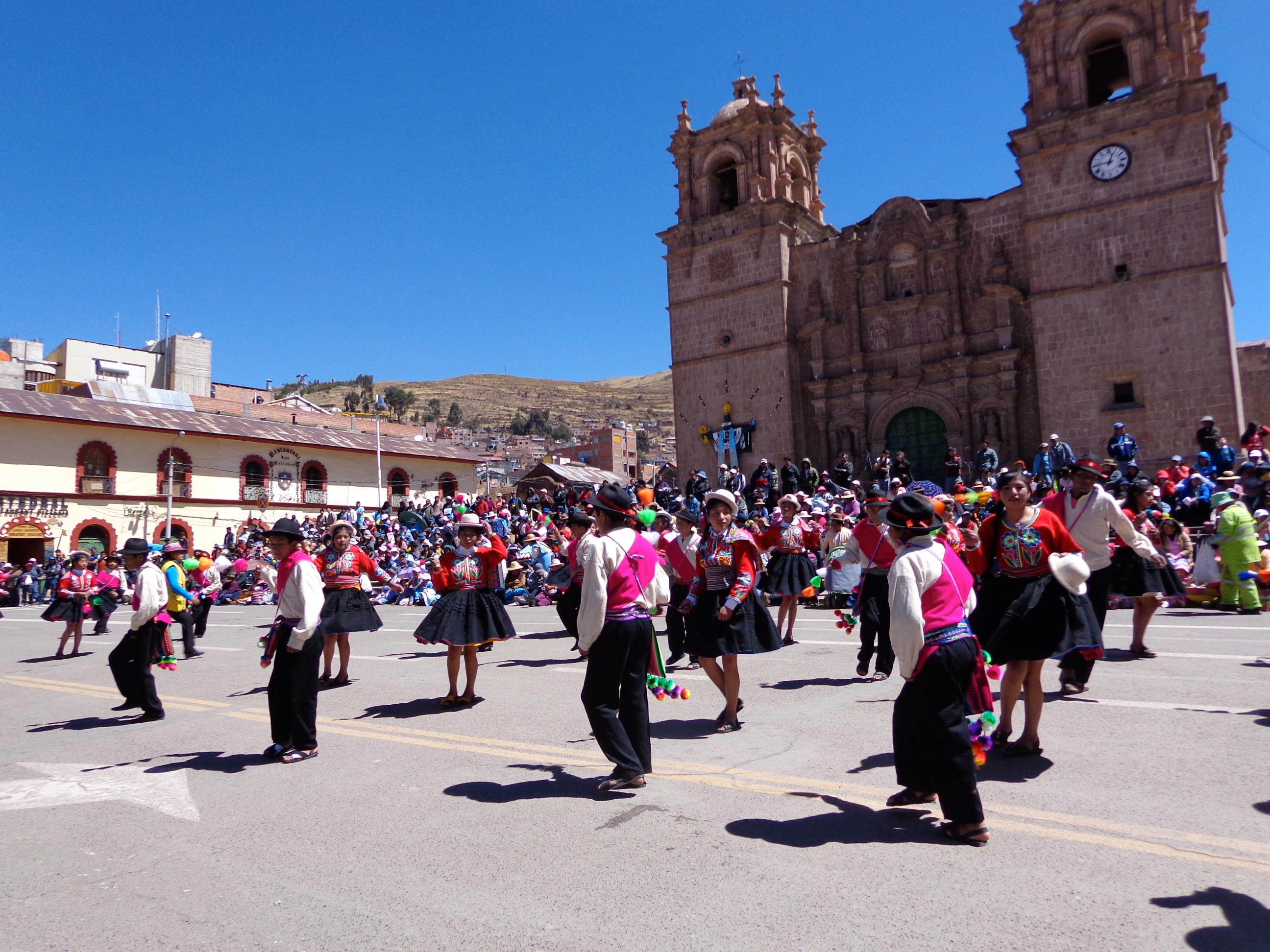 Parades in the streets in Puno