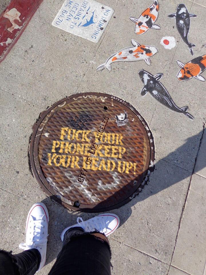 Keep head up street art LA