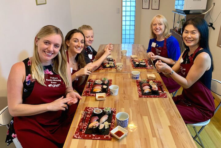 Tokyo sushi making tour review: all the participants in our class