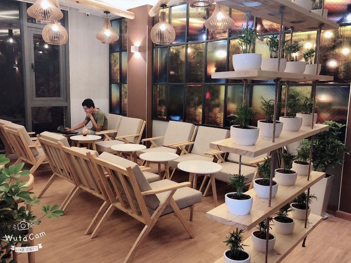 Inside 24 Coffee & Tea on Phu Quoc